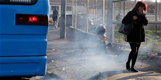 ¿Por qué es tan difícil acabar con los carros chimeneas en la ciudad?