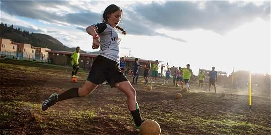 En Soacha promueven el fútbol como una práctica de paz