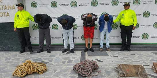 Delincuentes se hacían pasar por limpiavidrios para robar apartamentos