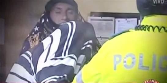 'Dijo que me chuzaba si no le daba el celular': víctima de robo en bus