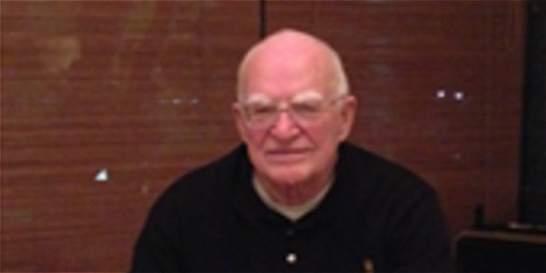 Comunidad del Colegio San Carlos recuerda al padre Sebastian Schmidt