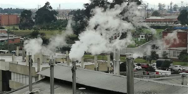 Tres fábricas en Bogotá fueron selladas por la Secretaría Distrital de Ambiente (SDA) por contaminación del aire. Esta actividad hace parte de la maratón ambiental que inició la entidad.