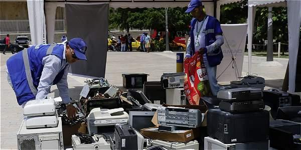 Parte del lote de residuos que recolectó el Departamento Administrativo del Medio Ambiente de Barranquilla, en la Plaza de la Paz.