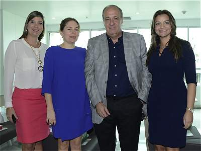 Apertura  de la Clínica Iberoamérica
