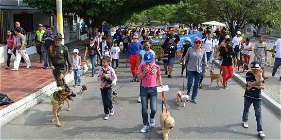 Perros y gatos se tomaron el Parque Jardín Botánico de Barranquilla