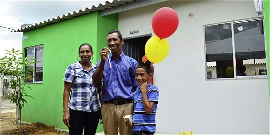 Termina espera de 122 damnificados de Manatí