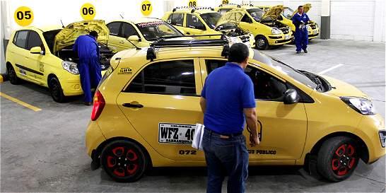 En Barranquilla se mantiene el pico y placa para taxis en el 2016