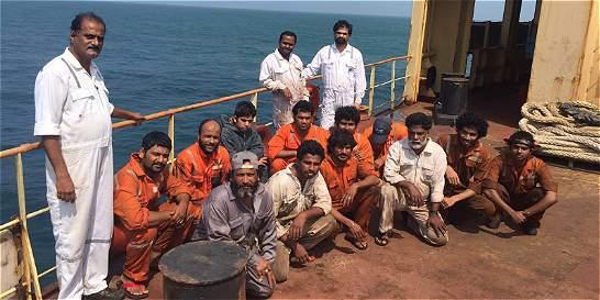 Rifirrafe por buque y tripulación india que no quiere zarpar a Panamá