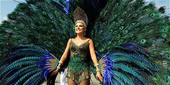 Gran Parada de Fantasía dejó su luz en Carnaval