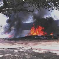 Bomberos sofocaron incendio en empresa de la Vía 40, en Barranquilla