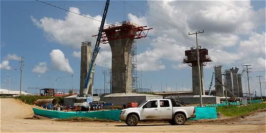 Por deuda paran trabajos en el nuevo puente Pumarejo
