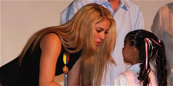 El colegio fue inaugurado por Shakira en la capital del Atlántico en 2009, durante la presidencia de Álvaro Uribe Vélez. La institución tiene otras sedes en Cartagena y Quibdó.