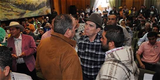 Ministro Iragorri, cara a cara con líderes campesinos de Boyacá
