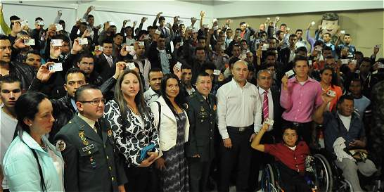 Libreta militar para víctimas de la guerra