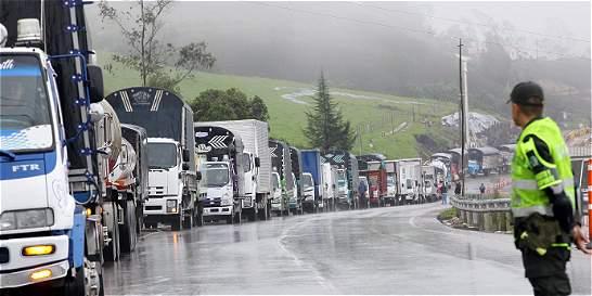 Paro de camioneros deja pérdidas por 15 mil millones de pesos