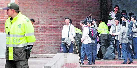 Policía intensifica seguridad en alrededores de colegios