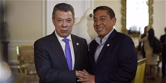 ¿Qué le pasa a Juan Manuel Santos con Amaya?