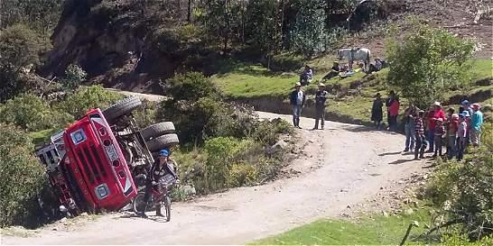 Accidente en vía de Socotá dejó tres jóvenes muertos
