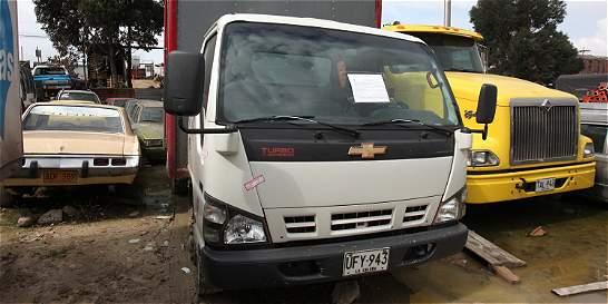 Investigan robo de camión que transportaba productos de EL TIEMPO
