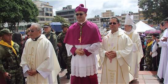 Primera ceremonia episcopal en Duitama