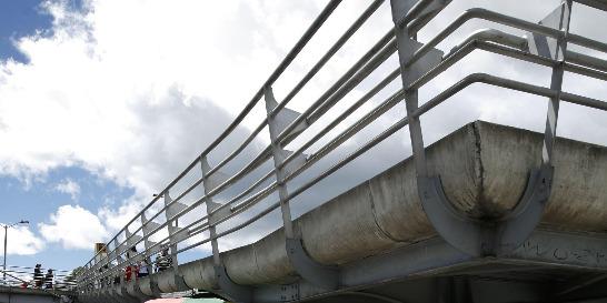 Demanda por barreras en puentes peatonales