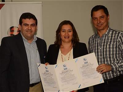Certificación para Centelsa