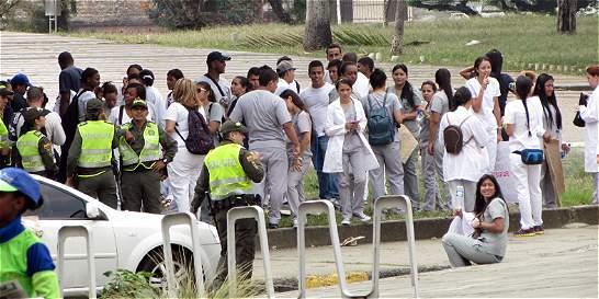 Estudiantes de la San Martín realizaron plantón en el sur de Cali