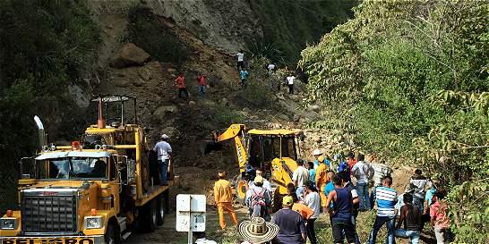 Derrumbe taponó vía entre Caloto y Toribío, en el norte del Cauca