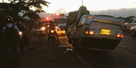 Hugo Rodallega sale ileso de accidente en vías del Valle