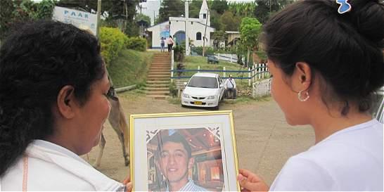 Con misa recuerdan a víctimas de masacre en norte del Valle