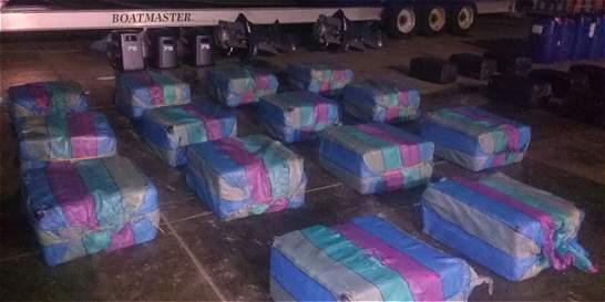 Dos toneladas y media de cocaína fue incautada en aguas del Pacífico