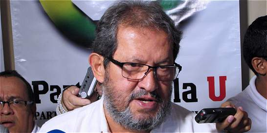Angelino Garzón anuncia demanda contra Ramiro Bejarano
