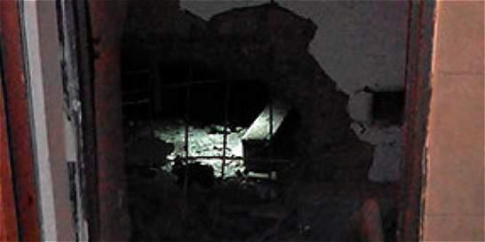 Un policía herido y 20 casas averiadas dejó atentado en el Valle