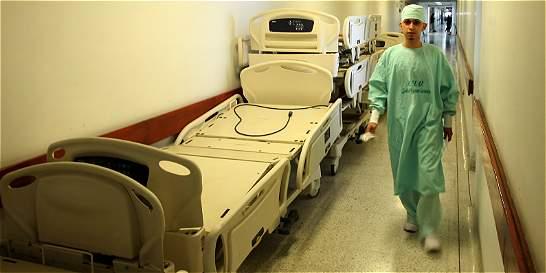 Se nos están muriendo los pacientes en las manos, dicen médicos de HUV