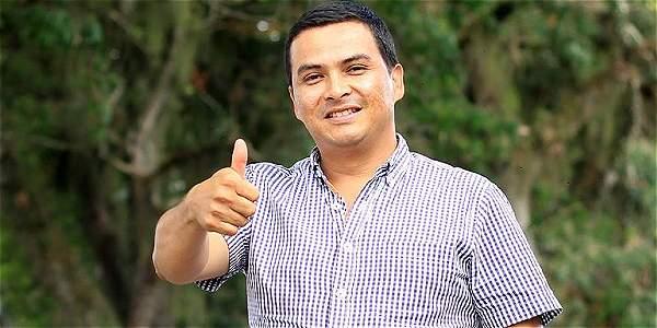 Primer alcalde gay de Colombia elegido en Toro Valle