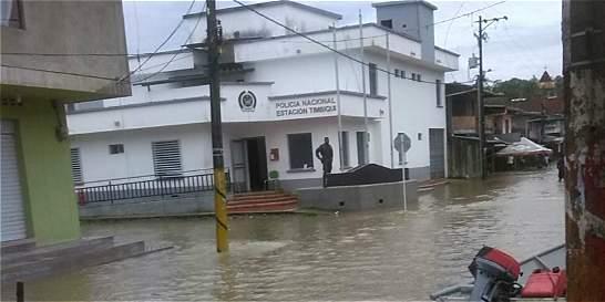 Temporada de lluvias deja a 13.000 familias damnificadas en el país
