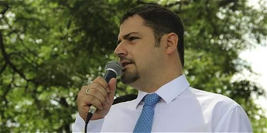 En libertad, alcalde de Yumbo investigado por coimas en contrato