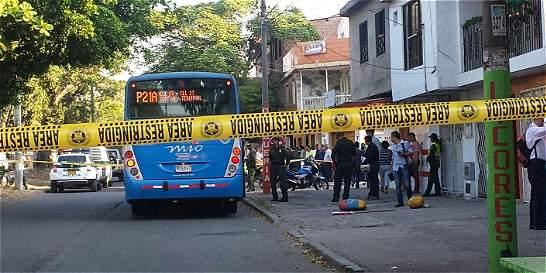 Asesinaron a pasajera de bus del MÍO en Cali
