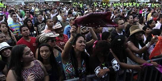 Calle de la Feria tendra cinco tarimas para disfrutar los conciertos