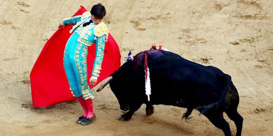 Roca Rey debuta con triunfo en la Feria de Cali