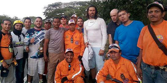 Piloto extranjero quedó colgado de árbol en Trujillo (Valle)