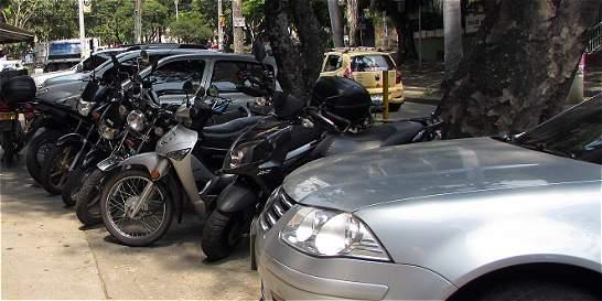 Cali registra más de 53 multas al día por el mal parqueo