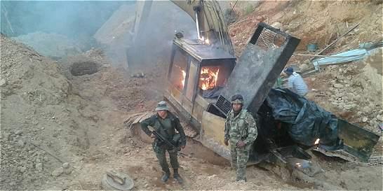 Cuatro capturados tras operativo contra minería ilegal en el Cauca