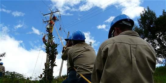 Desconocidos interceptaron brigada de compañía eléctrica en el Cauca