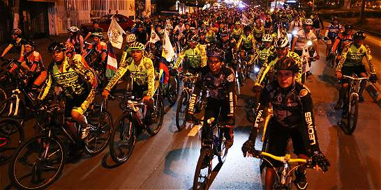 Ciclistas caleños pedalearon para protestar por robos en la ciudad