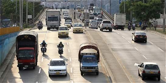 Charlas con expertos para menor manejo de carros en Cali