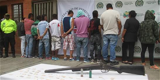 Policía captura a 26 miembros de una familia en Yumbo