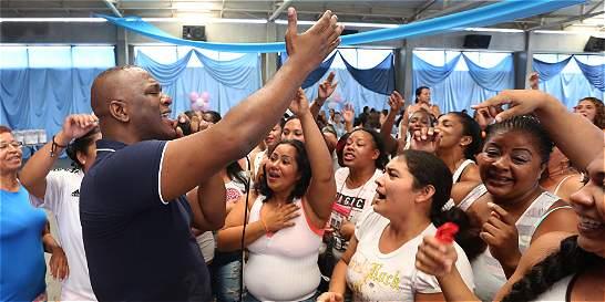 Willy García puso la nota en el Día de la Mujer, en cárcel de Jamundí