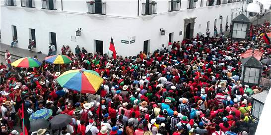 Los docentes en el Cauca levantaron el paro