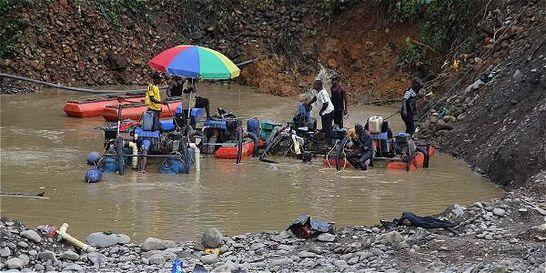 Brigada especial contra la minería ilegal en el Valle